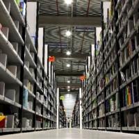 Le montant des 250 millions de prélèvements payés par Amazon en France en 2018 est-il uniquement basé sur l'activité physique et des entrepôts du groupe ? (crédit : Amazon)