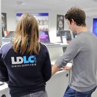 Trois personnes, dont deux vendeurs seront présents à Bayonne pour accueillir les clients de la boutique. (Crédit : LDLC)