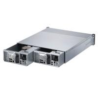 Chacun des deux contrôleurs offre quatre ports LAN SFP+ 10GoE et huit emplacements RDIMM pour une mémoire maximale de 512 Go. (Crédit : Qnap)