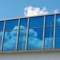 En taillent dans leurs équipes, Google Cloud et VMware veulent réaligner leurs objectifs au niveau mondial. (Crédit : Visual Hunt/Damien Pollet)