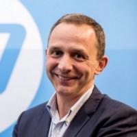 « Il est tout à fait clair que la proposition révisée de Xerox sous-évalue significativement HP, crée des risques importants et compromet l'avenir de notre société » a asséné Enrique Lores, président et CEO de HP. (Crédit : HP)