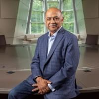 Arvind Krishna a pris ses fonctions de CEO d'IBM et en a profité pour réaliser des nominations tout en fixant le cap de Big Blue. (Crédit Photo : IBM)