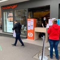 150 magasins Boulanger devraient proposer du retrait en drive d'ici la fin de la semaine. Crédit photo : D.R.