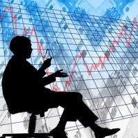 L'Apec relève une forte diminution des offres d'emplois dans l'informatique, un secteur traditionnellement porteur . (Crédit : Pixabay/Geralt)