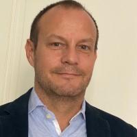 Les smartphones sont devenus de « vraies baies vitrées pour infiltrer le SI d'une entreprise », selon Alexandre Pierrin-Neron, en charge de l'activité française de Cybereason. (Crédit : D.R.)