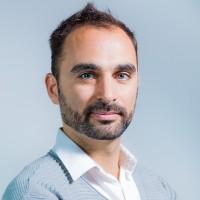 Maxime Moreno, responsable marketing digital d'Open Bee précise que le programme de formation est divisé en trois cursus. (Crédit : Open Bee)