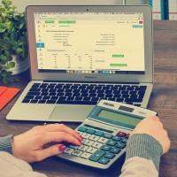 Bechtle confirme son objectif de croissance du chiffre d'affaires et des bénéfices annuels d'au moins 5 %, respectivement. (Crédit : FirmBee / Pixabay)