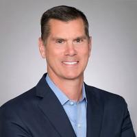 « Ce que j'ai appris en faisant d'innombrables appels d'offres et examens de comptes, c'est qu'il y a trop d'intermédiaires entre nos clients et les personnes en production », explique Mike Salvino,CEO de DXC Technology. (Crédit : DXC Technology)