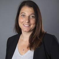 Que ce soit en France ou au global chez VMware, « il y a un vrai besoin de faire monter nos partenaires en compétences », selon Valérie Nassivera, directrice channel en France de la société. (Crédit : VMware)