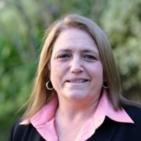 Mary Beth Walker, en charge de la stratégie channel mondiale de HP, et ses équipes ont élaboré le programme Amplify depuis un an. (Crédit : D.R.)