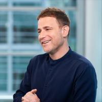 Le CEO de Slack, Stewart Butterfield, a critiqué le comportement de Microsoft à de nombreuses reprises par le passé, notamment en affirmant que son rival gonfle son nombre d'utilisateurs réels. (Crédit : Slack)