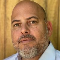 Guillaume Brandenburg évolue depuis près de 20 ans dans le secteur du logiciel, ayant occupé des postes de direction chez Confluent et Acquia, et de responsable des ventes chez HP Autonomy et EuroCortex. (Crédit : D.R.)