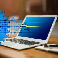 La pandémie de Covid-19 devrait inciter les entreprises à accélérer leurs projets de transformation numérique. (Gerd Altmann/Pixabay)