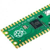 Avec la carte Pi Pico, la fondation a créé son propre microcontrôleur avec le SoC RP2040. (Crédit Photo: fondation Raspberry Pi)