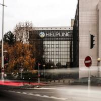 Face aux poids lourds du cloud, Helpline joue la carte de la proximité. (Crédit Google)