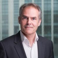 « Nous nous attendons à plus de travail à distance dans les mois qui viennent, mais dans un monde hybride », nous a indiqué Fabrice Berthelot, directeur commercial de Poly France.