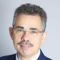 Eric Matteucci, Président du Directoire de SII : « Le troisième trimestre de l'exercice 2020/2021 s'inscrit sur le chemin d'un retour vers la croissance organique. L'amélioration entrevue au cours du deuxième trimestre s'est amplifiée au cours des trois derniers mois grâce à la mobilisation, la détermination et le volontarisme de toutes nos équipes. »