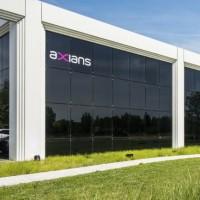 Marque de Vinci Energies consacrée aux technologies de l'information et de la communication, Axians intervient sur la gestion des données, le cloud, les solutions réseaux dont les réseaux très haut débit et la cybersécurité. (Crédit : Axians)