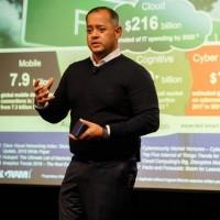 Nimesh Davé, président d'Ingram Micro Cloud : « Nous sommes ravis [...] d'aider nos partenaires à réussir avec AWS à un rythme accéléré. » Crédit photo : D.R