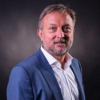 Gilles Perrot, directeur général du groupe C'Pro : « « Quadria a toujours continué à vendre des copieurs, mais le faisait jusqu'ici de façon limitée et sans y associer de contrats de maintenance. »