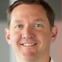 14 mois après avoir pris la présidence d'IBM, Jim Whitehurst quitte ses fonctions mais reste conseiller senior auprès de la direction. (Crédit Photo: Red Hat)