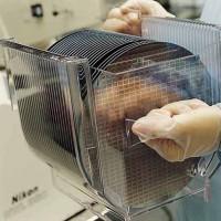 Les principaux fabricants de semi-conducteurs sont aujourd'hui au maximum de leurs capacités de production. (Crédit TSMC)