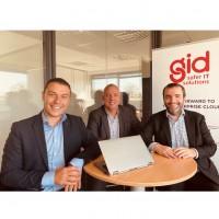 De gauche à droite : Romain Lemonnier, directeur général d'Aviti ; Jean-Marc Prost, président de GID ; Matthieu Thibault, président d'Aviti. Crédit photo : Aviti