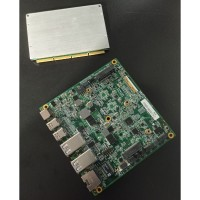 La carte mère BJ1 de Bleu jour et le module NUC d'Intel qui vient s'insérer dessus. Crédit photo : F.A.