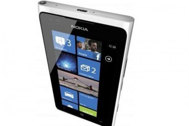 Le Lumia 900 de Nokia (crédit : D.R.)