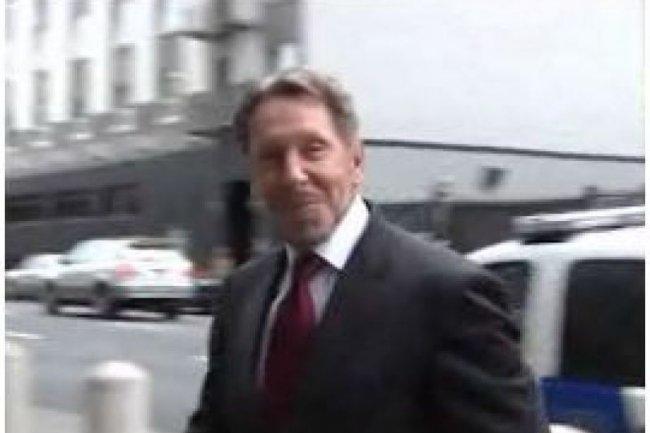 Larry Ellison, PDG d'Oracle, à son entrée au tribunal de San Francisco mardi matin (source : Kerry Davis/IDGNS San Francisco)