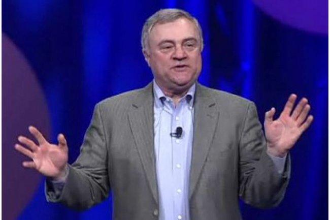 Steve Mills, vice-pr�sident senior d'IBM et responsable ex�cutif groupe, Software & Systems, lors de son intervention sur Impact2012 (cr�dit : IBM).