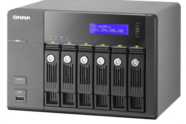 Basé sur une architecture Intel Atom, le Qnap TS 669 Pro accueille jusqu'à 6 disques durs
