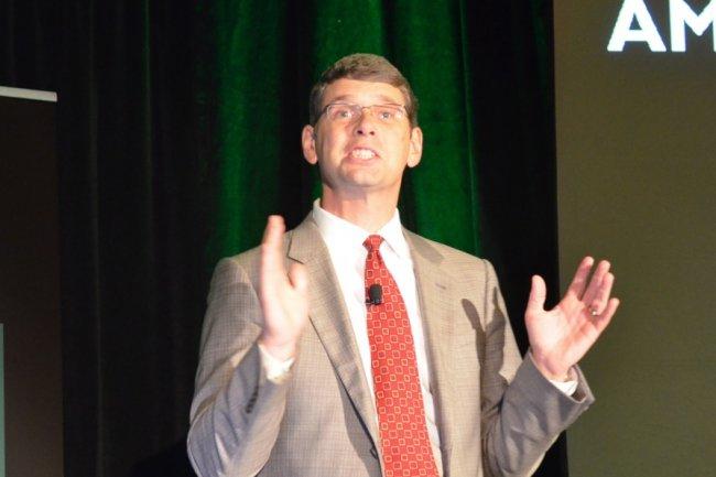 L'actuel CEO d'AMD, Rory Read, lors de sa conférence de presse sur les puces ARM 64-bit