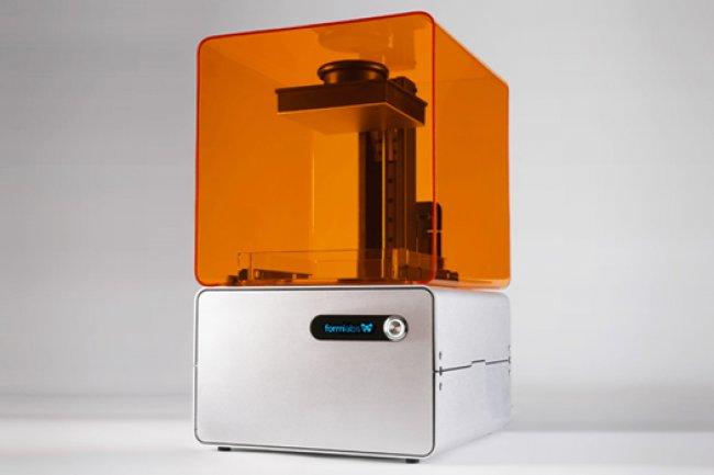Le kit résine liquide complémentaire pour la Form 1 3D est facturé 149 $ HT.