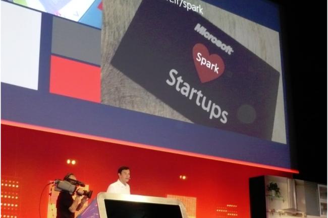 Jean Ferr�, directeur de la division d�veloppeurs, plateforme et �cosyst�me chez Microsoft France, annonce la prochaine ouverture de Spark, un espace de 300 m2 � Paris, pour accompagner les projets. (cr�dit photo : MG)