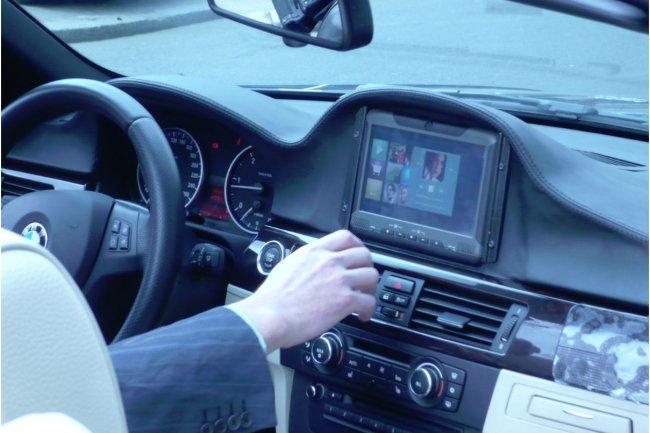 La plateforme Open Connected Car d'Altran a vocation � int�grer les diff�rentes applications du march�. (cr�dit : LMI / cliquer sur l'image pour l'agrandir)
