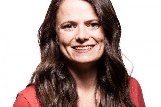 Un marché du PC chancelant a continué à nuire à Windows, indique Amy Hood, CFO de Microsoft