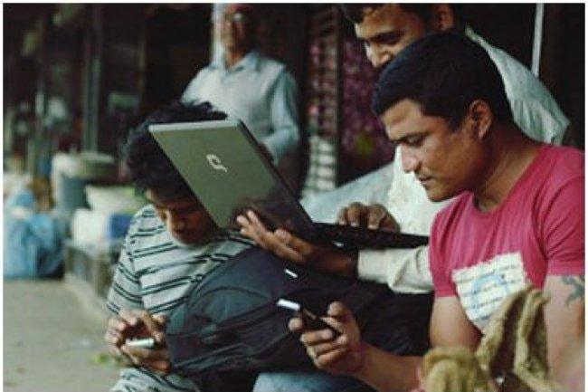 La proportion des utilisateurs d'Internet (2,7 milliards de personnes) n'augmente que de 9% par an. (crédit : Internet.org)