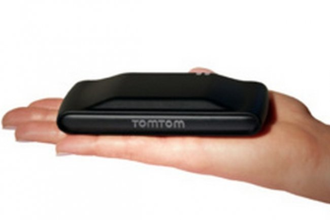 Le boîtier Link 100 de TomTom récupère des données mécaniques et comportementales.