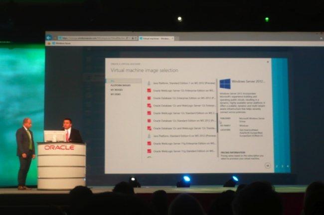 Brad Anderson, responsable du développement cloud chez Microsoft, et Jeff Woolsey, responsable de programme, montrent comment provisionner des machines virtuelles exploitant WebLogic. (crédit : LMI).