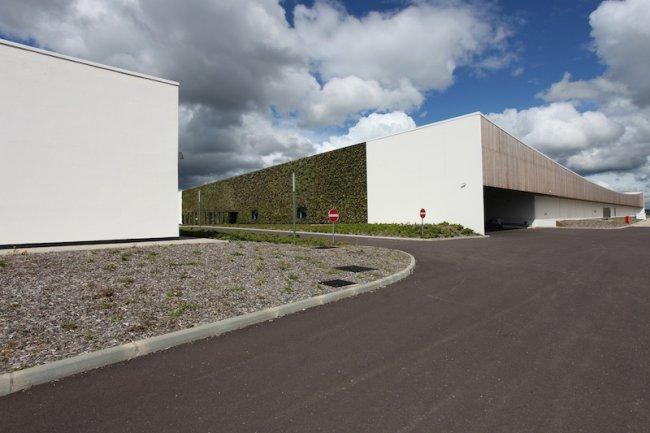 Le batiment principal de Val de Reuil accueille le datacenter d'Orange. Crédit Stéphane Foulon