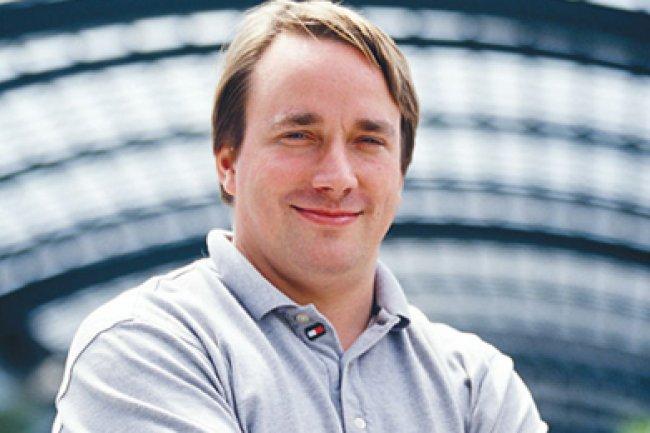 Coordonnant le travail des développeurs sur le noyau de Linux, Linus Torvalds tranche au final sur les différentes versions envisagées. Crédit D.R.