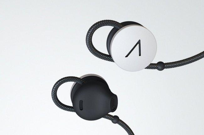 Accessoire vendu 85 $ HT, les écouteurs de Google se greffent sur les Glass.