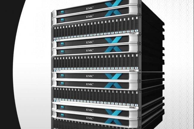 Jusqu'à 4 X-Brick peuvent être réunies dans un cluster XtremIO pour agréger les performances.