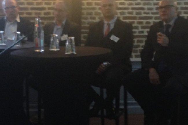 De gauche à droite, Piere-Marie Moulière, Didier Lamballais, Emmanuel Dupont et Jean-François Gulibert à l'IT Tour LMI à Lille. Crédit Photo : D.R