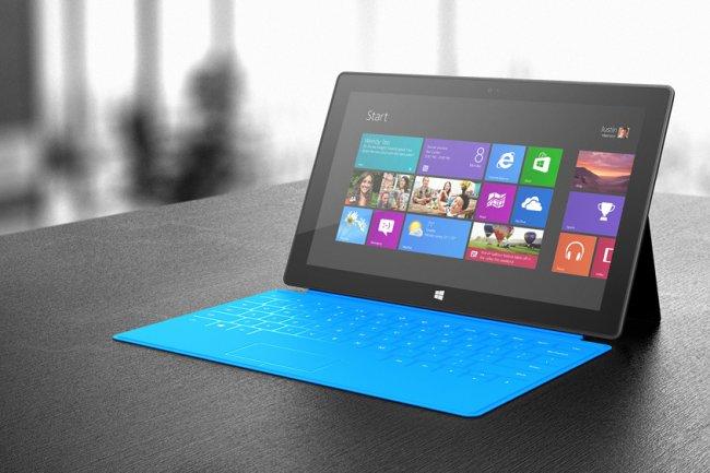 après l'échec de sa tablette Surface RT, Micrsoft étudie un rapprochement avec Windows Phone.