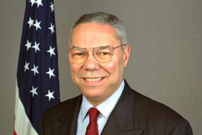 Ancien va-ten-guerre de la famille Bush, Colin Powell rejoint aujourd'hui le board de Salesforce. Crédit D.R.