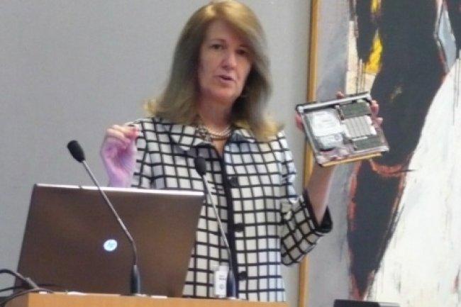 Susan Blocher, vice présidente responsable marketing de l'offre Moonshot chez HP, au Discovery Lab de Grenoble.  (crédit : LMI)