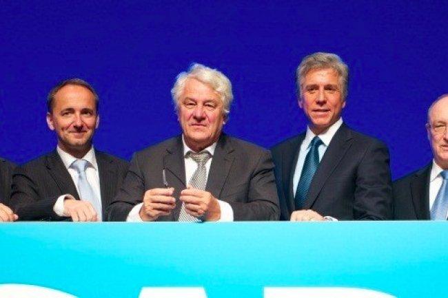 Bill McDermott, désormais seul CEO de SAP, aux côtés de Hasso Plattner (à gauche), co-fondateur de l'entreprise à Walldorf (Allemagne) en 1972. (source photo : www.sap.com)