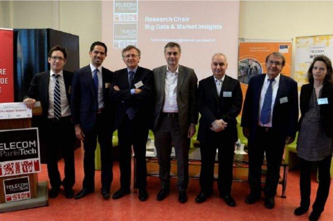 De gauche à droite, les représentants de Groupe Yves Rocher, Deloitte, Télécom ParisTech, Voyages-sncf.com, porteurs de la chaire big data. Crédit: D.R